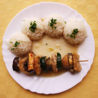 Balkánska-kuracia-ihla-s-kuracím-Goody-foody-ryža