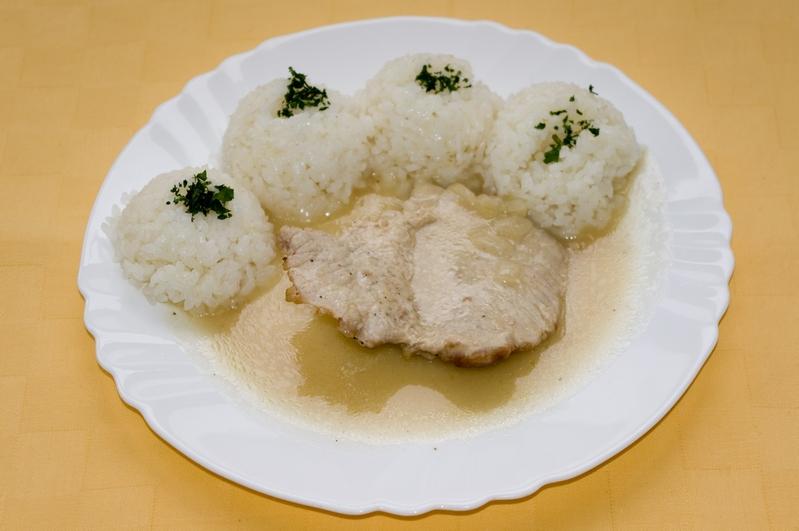 Bravčový plátok na horčici, ryža