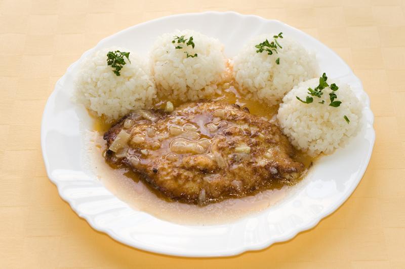 Bravčový poľský rezeň, ryža