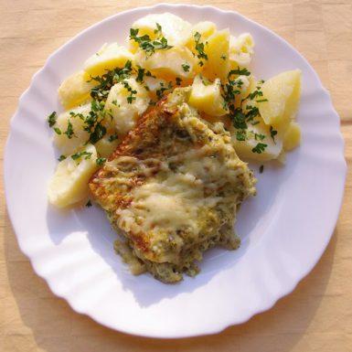 Brokolica-zapečená-so-syrom-zemiaky-s-vňaťou
