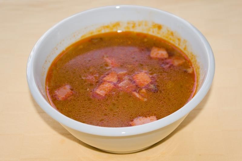 Frankfurská polievka s párkom a zemiakmi