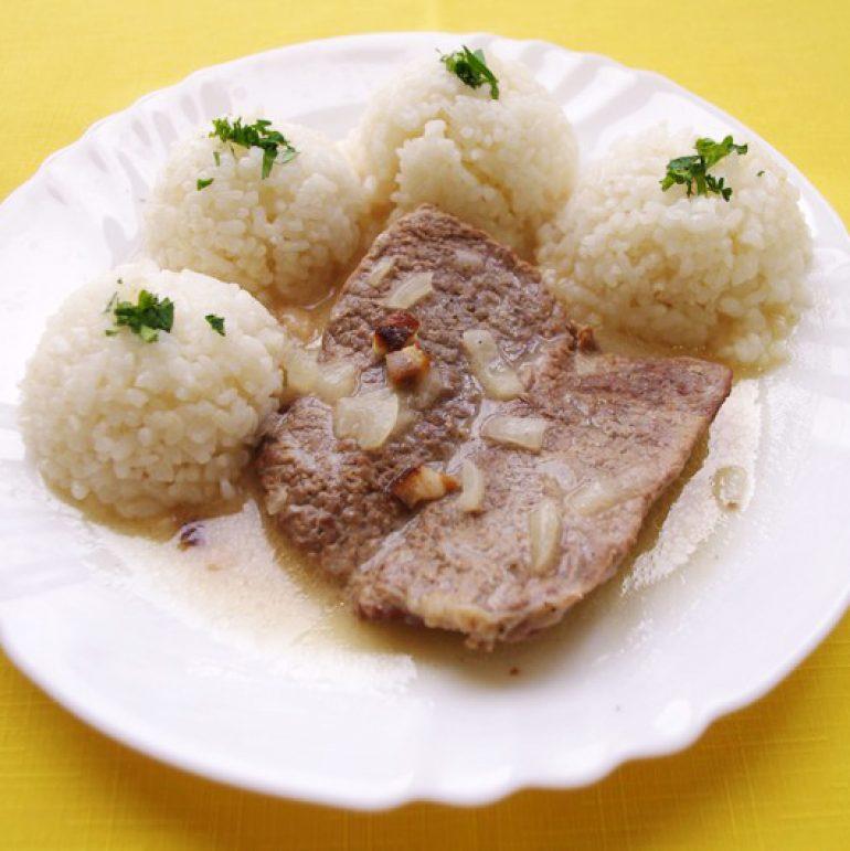 Hovädzia-roštenka-s-horčicovou-omáčkou-ryža