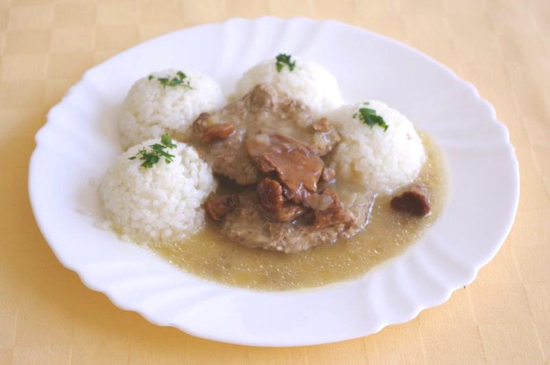 Hovädzie Goody Foody so zmesou húb, ryža