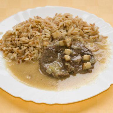 Hovädzie-filé-na-slanine-a-horčici-slovenská-ryža