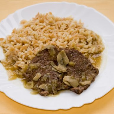 Hovädzie-na-šapiňonochslovenská-ryža1