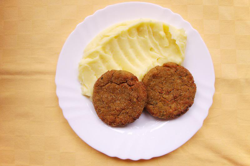 Kelové karbonátky, zemiaková kaša