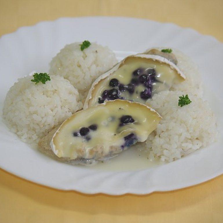 Kuracie-Goody-foody-zapeč.-s-čučoriedkami-a-camembertomryza