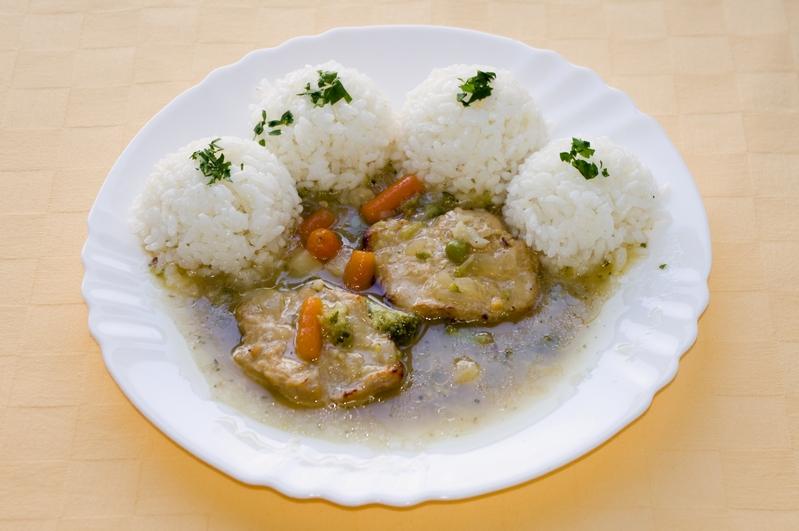 Kuracie plátky Goody foody na jarnej zelenine,ryža