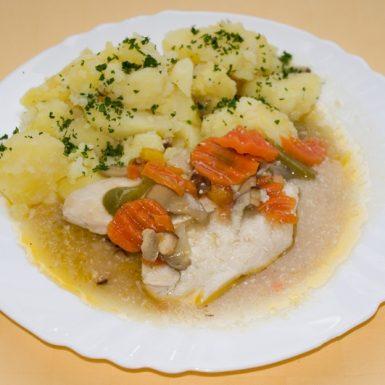 Kuracie-prsia-na-orientálny-spôsob-zemiaky-s-vňaťou