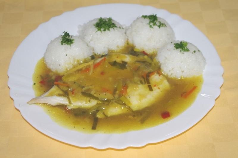 Kuracie prsia na karí, ryža.
