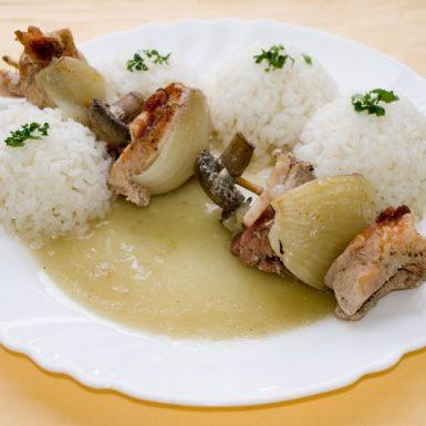 Morčacia-ihla-so-šampiňónmi-slaninkou-a-pečeňou-ryža