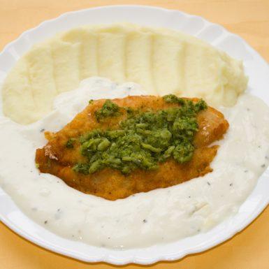 Pangasius-s-brokolicou-a-syrovou-omáčkou-zemiaková-kaša