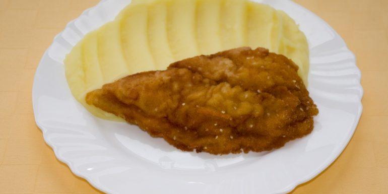 Pangasius-v-sézamovej-zmesi-zemiaková-kaša