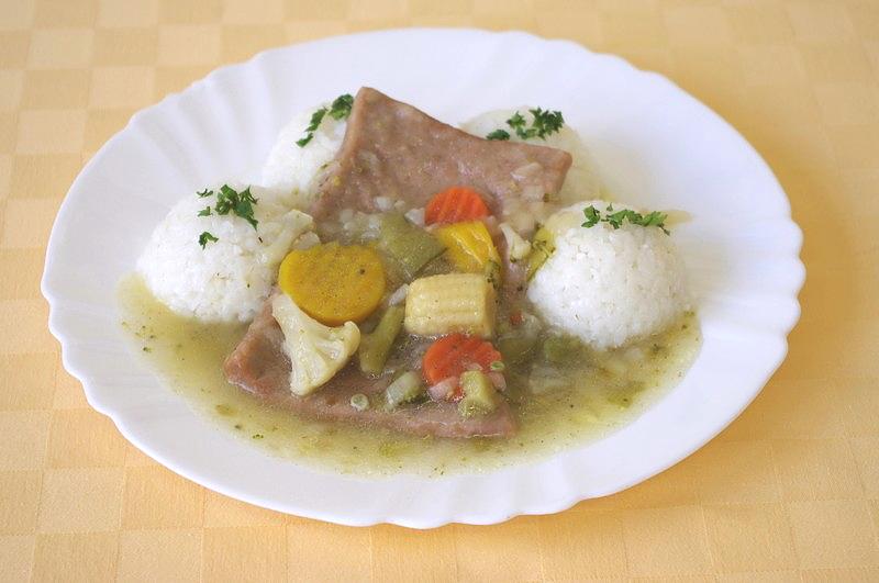 ROBI plátok na masle s jarnou zeleninou, ryža