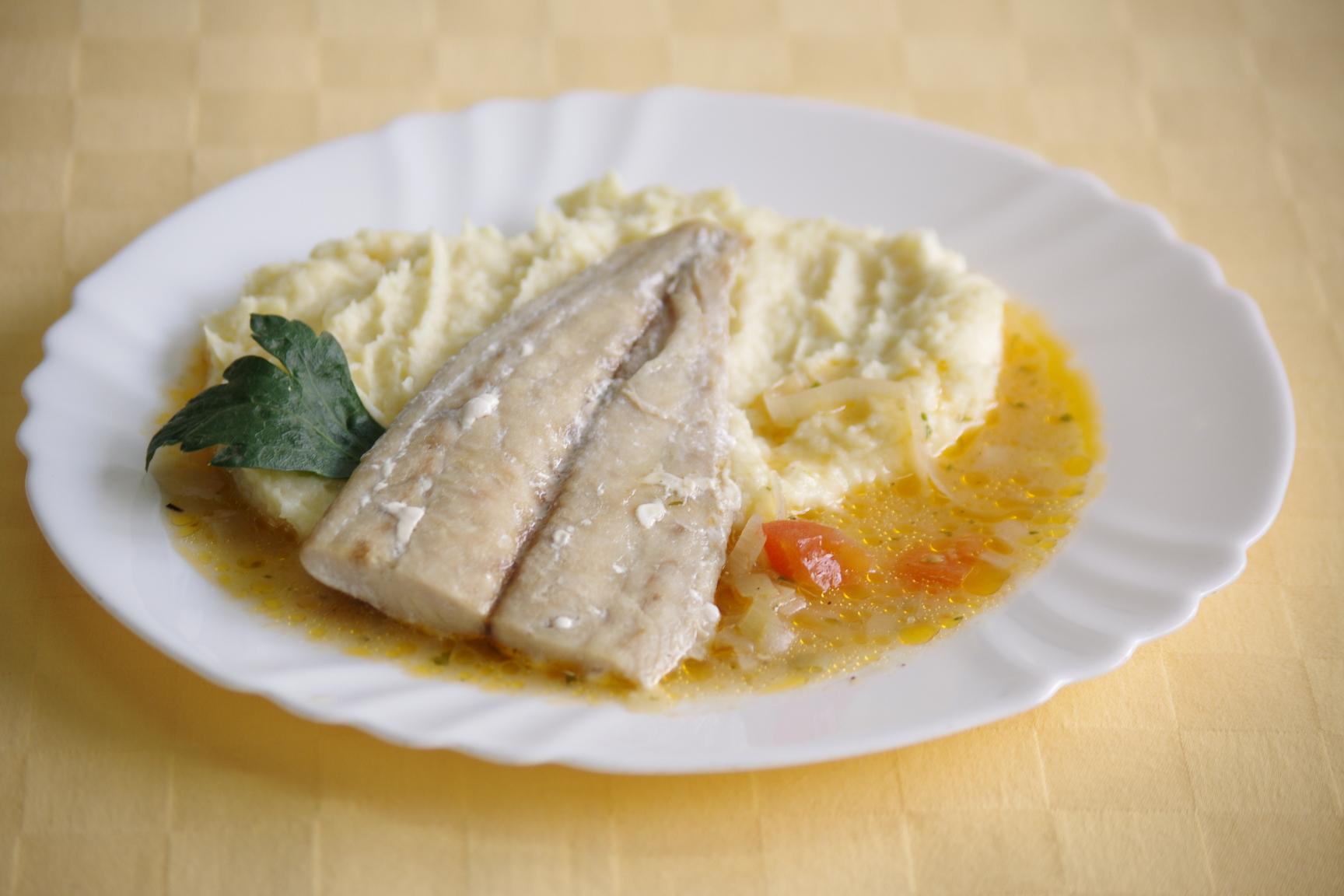Ryba Mahi-mahi na egyptský spôsob, paštrnákové pyré