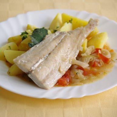 Ryba-Mahi-mahi-na-egyptský-spôsobzemiaky-s-vňaťou