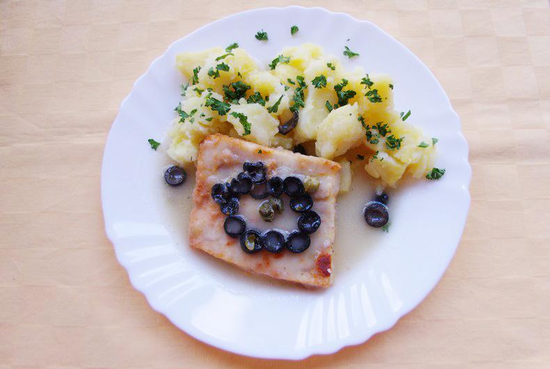 Rybie filé na taliansky spôsob, zemiaky s vňaťou