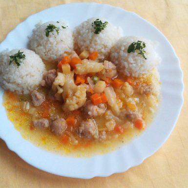 Sójové-kocky-so-zeleninou-ryža