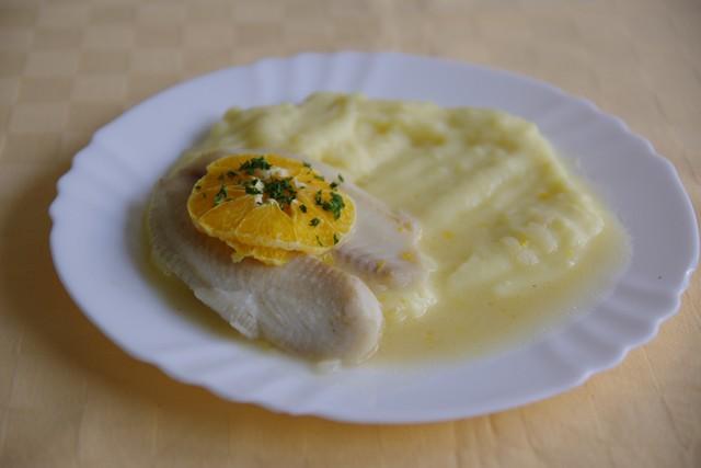 Tilapia na pomarančoch, zemiaková kaša