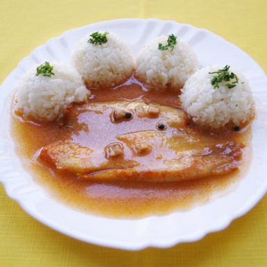 Tilapia-pečená-po-španielsky-ryža