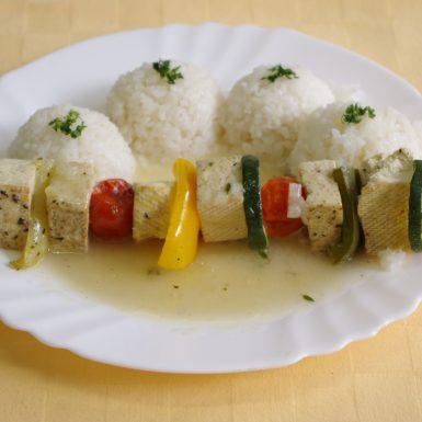 Tofu-ihla-s-cuketou-a-paprikouryža