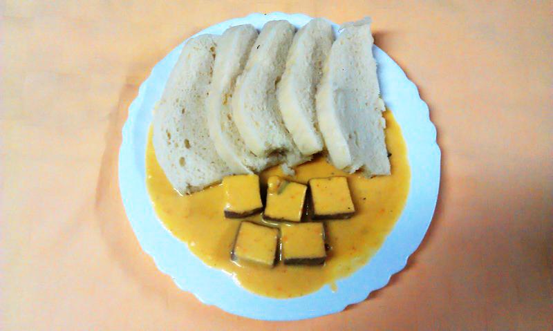 Tofu na spôsob sviečkovej, knedľa