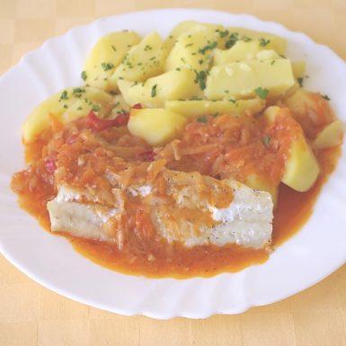 Treska-na-grécky-spôsob-zemiaky-s-vňaťou-zel.-obloženie