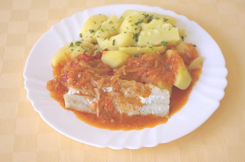 Treska na grécky spôsob, zemiaky s vňaťou
