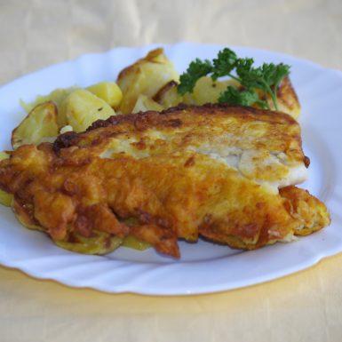 Treska-tmavá-v-mrkvovom-cestíčkupečené-zemiaky