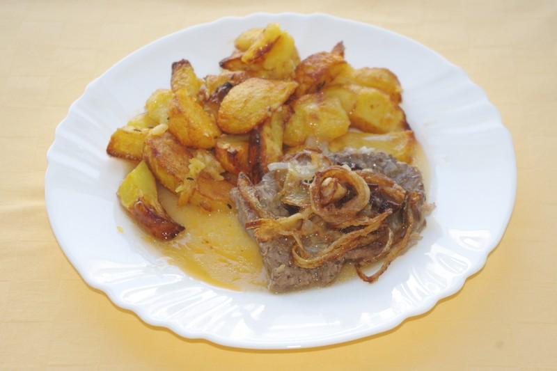 Viedenská roštenka, pečené zemiaky