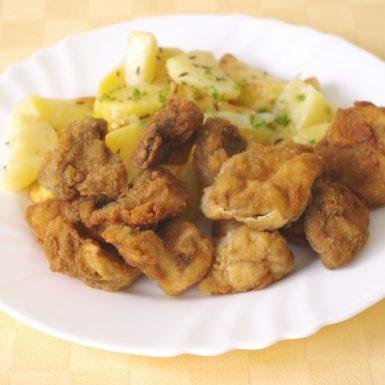 Vyprážané-šampiňónypečené-zemiakytatárska-omáčka