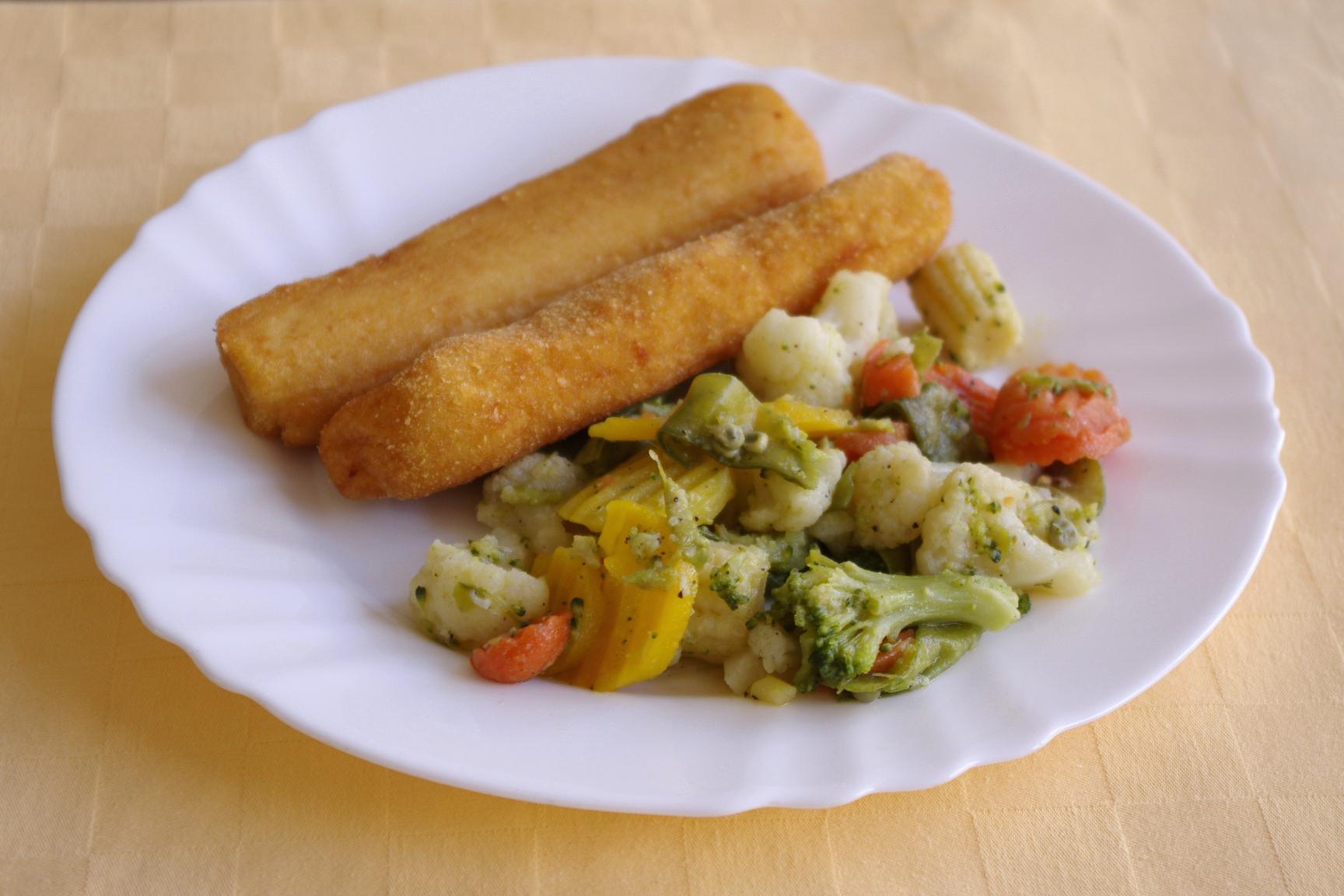 Zemiakové krokety s anglickou zeleninou.
